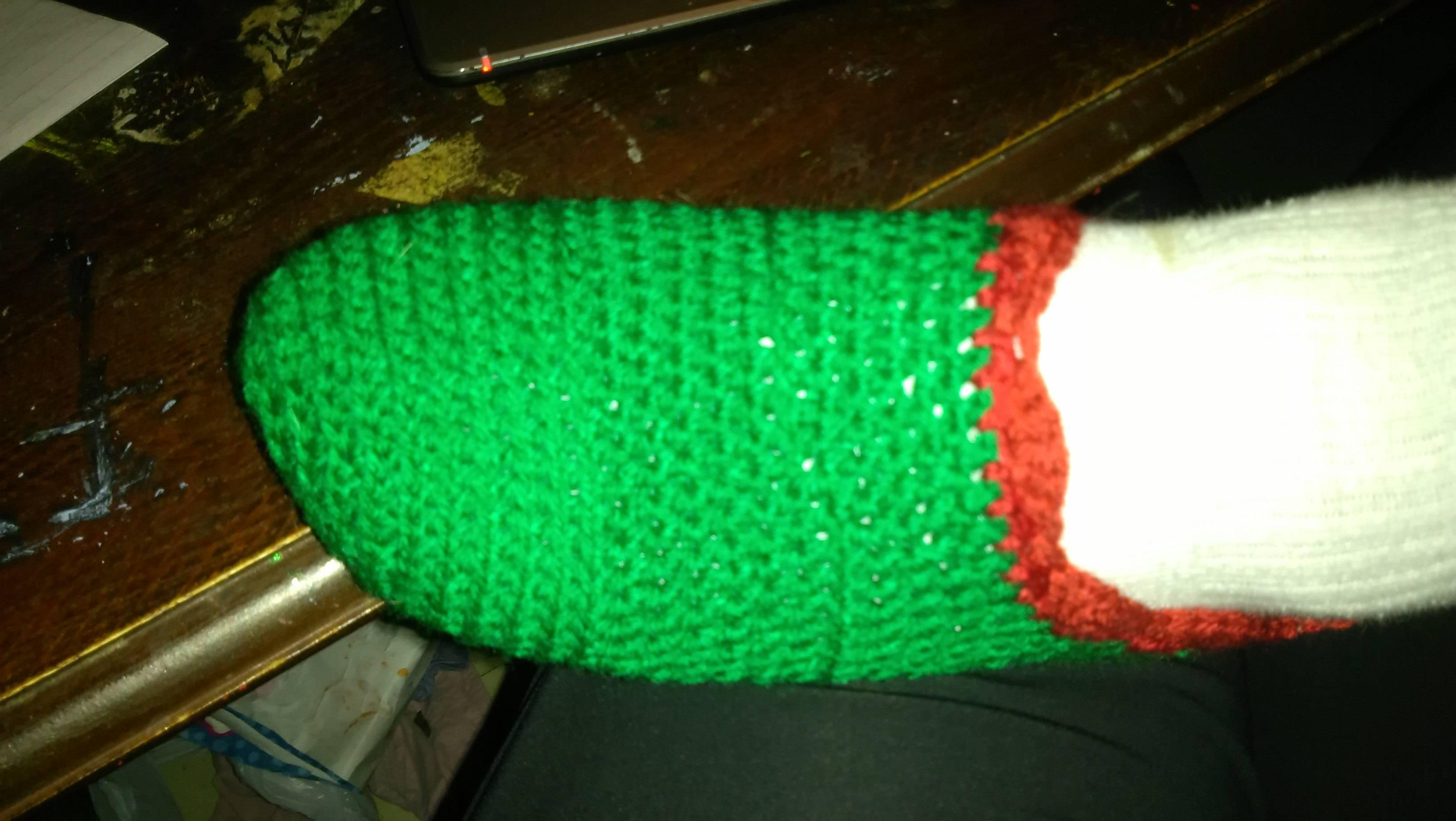 Crochet Christmas Slippers – free pattern | UK Crochet Patterns