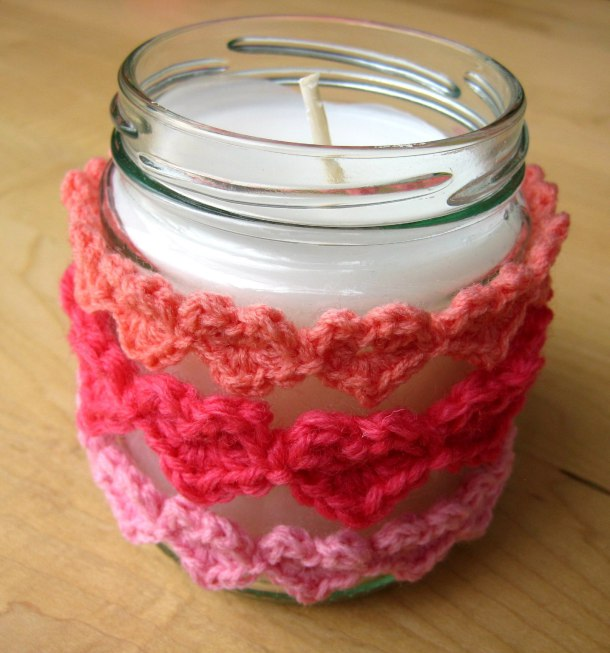 Use Heart Strings to make an easy jar cover!